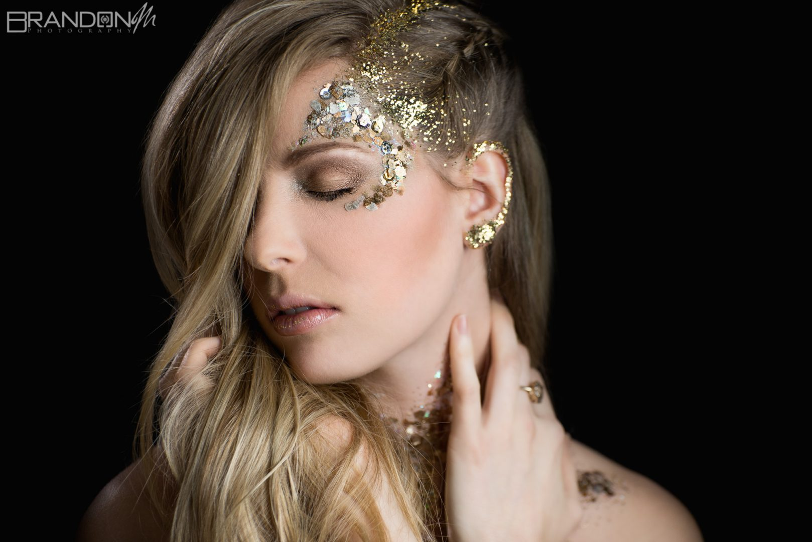 Glitter, Gold, & Glamour: Photo shoot /w Jessica Rose & Rachel Jones 2